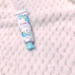 コスメレビュー❤️・ピディット オイルコントロールベース ✨・グリーンのカラーコントロールベース✨テカリを抑えて皮脂崩れを防止してくれる下地です💡グリーンカラーなので、全顔に塗…のInstagram画像
