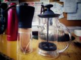 職場で愛用しているコーヒーセット