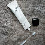 ブレスマイルクリア𓆸჻𓈒...こないだまで使っていた歯磨き粉は全部使ってしまったので新しいものを𓂅..この歯磨き粉もホワイトニング効果があるみたいで試してみることにしま…のInstagram画像