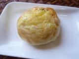 八天堂さんの甘くないパンもおいしいです♪『くりーむグラパン』の画像(5枚目)