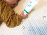 赤ちゃんの肌を優しく守る!アロベビー「保湿できる日焼け止め」の画像(2枚目)