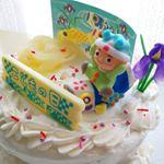 今年は娘にとって初めてのイベントが盛りだくさん✨本日はちょっと早いけれど、こどもの日のケーキを作りました🎵*アートキャンディさんのケーキオーナメントで飾り付けをしたら、普通のケーキもバッチ…のInstagram画像
