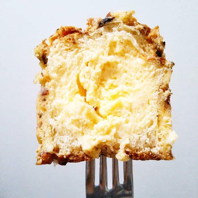 口コミ投稿:おやつ☆八天堂のシンガポールマフィンを食べたよ!クリームぎっしり(*´艸`*)外はザ…