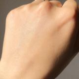 「白いちご《WHITE ICHIGO》の薬用美白美容液」の画像(6枚目)