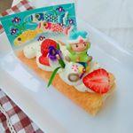 こどもの日のケーキオーナメントをプレゼントして頂いたので、ロールケーキを作りました💓(ホールだと被るから、、🍰) この子たち、お顔がとっても可愛いんです😍❤️食べるのが本当もったい…のInstagram画像