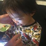 歯磨きタイム🐋#キスユー #歯ブラシ #マイナスイオン #歯磨き #monipla #ionic_fan#子育て#育児#2歳半のInstagram画像