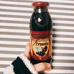 有機アロニア100%果汁をお試しさせて頂きました★アロニアの効果は·····活性酸素を消去するポリフェノール、アントシアニンを豊富に含みます。抗酸化力はブルーベリーやアサイに比べて…のInstagram画像