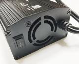「いざという備えにも☆カーインバーター 300W シガーソケット 車載充電器 USB 2ポート」の画像(4枚目)