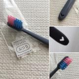 色組み合わせが可愛い歯ブラシハイカラフル☆の画像(1枚目)