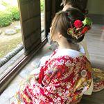 おまかせで!!ということで和装は 面のある感じ洋装は ゆるめに..作らせてもらいました💋※2枚目動画有..#日本髪 風な #夜会巻き 風な#シニヨン ❤…のInstagram画像