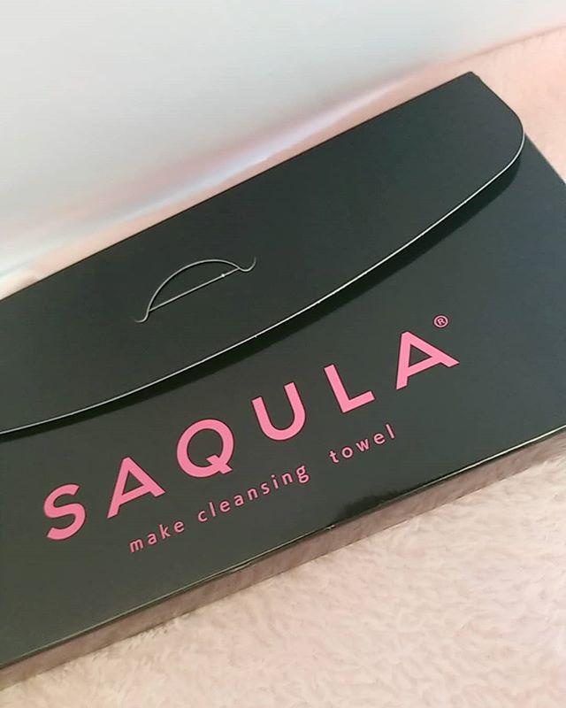 口コミ投稿:*水でメイクが落ちる?? SAQULAのご紹介👍·細かい特殊繊維が肌にしっかり密着してメ…