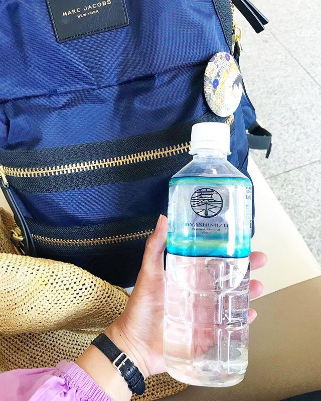 口コミ投稿:..岩深水💧携帯に便利な500mlペットボトル(20本入り).びっくりするほどの暑さ🌞岩深…