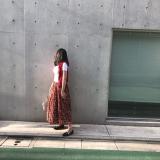 花柄スカートコーデの画像(2枚目)