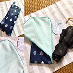梅雨対策はお済みですか?#karinpia さまより、発売中の傘ポーチ☂️ こちらは300円で販売しています。裏側がモコモコで傘の雫を吸収してくれますよ。急な雨で折り畳み傘が活…のInstagram画像