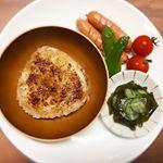 そらのお昼ご飯で初めて#焼きおにぎり 食べさせたら気に入ってすぐ完食してくれて嬉しかった〜😋🍙...#アサムラサキ #かき醤油 #焼おにぎり #monipla #asamurasa…のInstagram画像