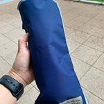 傘のケースてびちゃびちゃ💦になったりしませんか?このケースがあればカバンの中も濡れずに快適😊#プチプラ #雑貨 #プチプラ雑貨 #300均 #レイングッズ #雨 #梅雨 #豪雨 #monipla …のInstagram画像