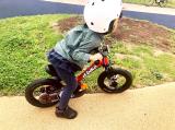 ペダルくるくるが難しい?娘、自転車の練習中!の画像(2枚目)