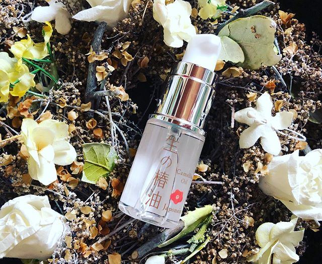 口コミ投稿:肌にも髪にも使える万能オイル!ジャポネイラ 生の椿油椿油は酸化しにくいオレイン酸…