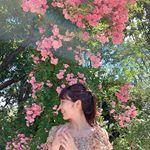 .よく晴れた日曜日、ローズガーデンに行ってきました🌹千葉県八千代市にある京成バラ園。色とりどりのバラが園内に咲いています。ひとくちにバラと言っても数えきれないほどの種類のバラ。…のInstagram画像