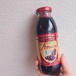 .#有機アロニア100パーセント果汁 を飲んでみました 🍹アロニアとは ?北米が原産地のバラ科の果物 。見た目は濃いブドウジュース 🍇ポリフェノールやアントシアニンがたくさ…のInstagram画像