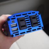 「備えあれば憂いなし!カーインバーター 300W シガーソケット 車載充電器 USB 2ポート」の画像(2枚目)