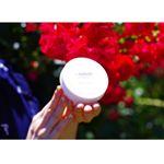 🌼肌の上で#とろけるクレンジングバター 🌼おはようございます😊 東京は梅雨らしい日々が続いています🌧️ 5月19日(日)より全国の東急ハンズで発売中の「BotaVita クレンジングバター<ガ…のInstagram画像
