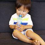 飲みやすいので、りゅうたもゴクゴク‼️😊 それに、持ち運びやすいサイズなのもうれしいです🎵#oxygenizer_japan #izer #アイザー #アイザーピュアウォーター #ROウォータ…のInstagram画像