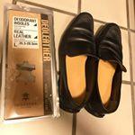 #デオレザー消臭インソール で夏の靴の匂いが快適になってます。 なめらかな中敷きで、履き心地も良いのが嬉しい #デオレザー #消臭インソール #足の臭い対策 #monipla #deoleat…のInstagram画像