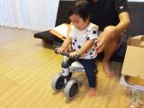 「一歳のお誕生日会はディーバイクミニで笑顔」の画像(3枚目)