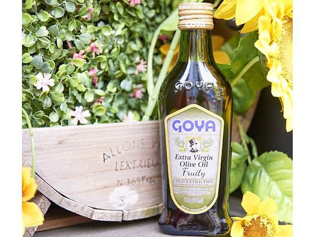 口コミ投稿:..GOYAオリーブオイルグリーンフルーティの香りを追求したエキストラバージン オリー…