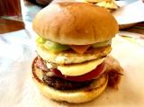 「今日はハンバーガーの日ってことで・・」の画像(7枚目)