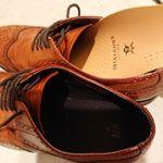 @monipla_official 経由で #消臭インソール の#デオレザー本革消臭インソール をお試しさせていただいています。夫は#営業職 なので外回りも多く、一日中靴を履きっぱなし歩きっぱ…のInstagram画像