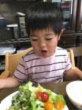 「野菜も食べるよ!」の画像(1枚目)