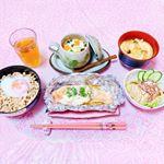 ♡ 今日の夜ごはん ♡ ㅤㅤㅤㅤㅤㅤㅤㅤㅤㅤㅤㅤㅤㅤㅤㅤㅤㅤㅤ❁鶏そぼろ丼❁鮭のホイル焼き❁ゴマだれ冷奴❁茶碗蒸し❁お味噌汁ㅤㅤㅤㅤㅤㅤㅤㅤㅤㅤㅤㅤㅤㅤㅤㅤㅤ…のInstagram画像