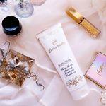glossbody.むくみやセルライトに力を発揮してくれるボディクリームとってもなめらかでマッサージしやすいテクスチャー✨ハンドからレッグまで使えます華やかで優雅な香り…のInstagram画像