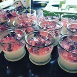 モニプラさんのモニター報告です◎ 共立食品 さまの寒天パウダーとカキ氷のシロップをお試しさせて頂きました😊カルピスと三ツ矢サイダーをシロップで色付けしたゼリー😊💓とっても簡単に美味しい…のInstagram画像