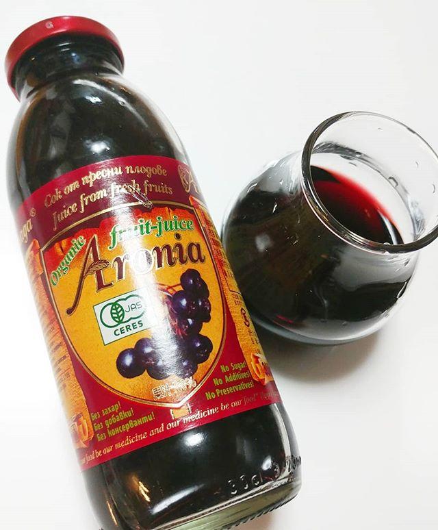 口コミ投稿:有機アロニア100%果汁アロニアは北米原産の小果樹ですが、ロシアで品種改良されブル…