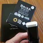 BRISA MARINA アスリートプロ EX UVスティック ホワイト夏休みもあと少しプールに行ったりサッカーの応援したり東京観光したりと日焼けが気になる事ばかり... …のInstagram画像