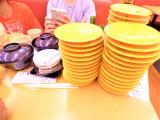 「【スシロー】注文せず回ってくる!絶品お寿司を発見♡」の画像(1枚目)