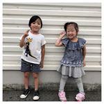 子供フレアスカッツレギンス娘が着用しているのはオールグレー。他のカラーもあって、柄物もあって、カラバリはなんと18色😳花柄とか超好み😳お値段は ¥1,069 ~ ¥1,285(税込)な…のInstagram画像