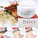 🚿 クレンジングバームといえば 🚿クレンジングバーム人気の火付け役!DUO デュオがパッケージやロゴをリニューアル✨成分や内容量、値段はそのままに以前よりスタイリッ…のInstagram画像