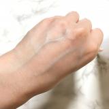 「クレンジング力強!拭き取りメイク落とし化粧水 ピュアヴィヴィ ホワイトクレンジングローション」の画像(4枚目)
