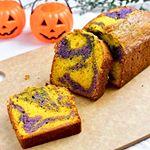2019.09.05*『ハロウィンパウンドケーキ』*夫が遅い夏休みなのでお弁当はお休み中。*かぼちゃパウダーと紫芋パウダーで怪しいマーブルパウンドケーキ作ったよ👻🎃…のInstagram画像
