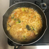 冷凍丸ごと鍋に入れるだけ!冷凍食品で簡単に五目あんかけラーメンを作ったよ!の画像(8枚目)