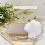 ピヴォーヌ・インターナショナル株式会社様より「植物プラセンタ石鹸Honoho」をお試しさせていただきました。70g  1980円自然のチカラで肌本来のキレイを呼び戻す石鹸です。美白効果の高…のInstagram画像