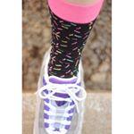 #靴下ぐらむ🧦:今日はインスタでもよく見る @happysocksjapan の靴下だよー‼️あやちゃん @ayaemon2112 あたりはわかるやつー🧡:履き心地だけ知りたくてネット…のInstagram画像