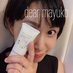 最近使ってるファンデーションが優秀なので、ご紹介ーーー♪.dear mayuko クリームファンデーション.パッケージかわいい❤️.これ、テクスチャーはめっちゃふんわりなの…のInstagram画像
