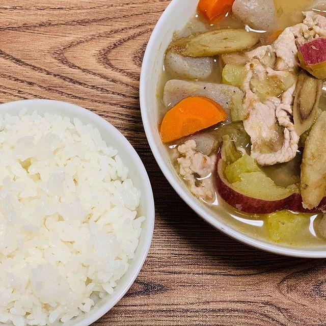 口コミ投稿:プレミ本舗さんのまるごとキューブだしを使って豚汁とひき肉の梅煮を作りました。粉…