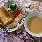 #モニプラ #ごと㈱ の #ごといもポタージュ の #モニターをしました 。お題は、 #朝食 🍴スープの他には、トーストときゅうりとフルーツとヨーグルト。気温が下がってきたんで、#…のInstagram画像