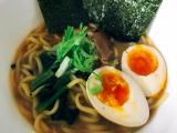 「鍋焼き屋キンレイ お水がいらない 横浜家系ラーメン」の画像(6枚目)